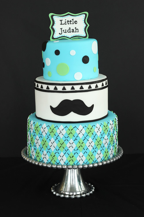 mustache themed baby shower cake for a little man to be sweet
